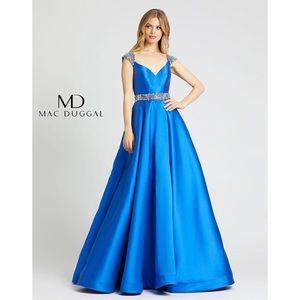 NWT Mac Duggal Blue Crystal Cap Sleeve Gown 67097H